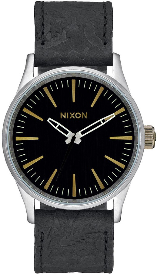 abb4082f019 NIXON WATCHES player time teller 5130 clothing t shirt watch